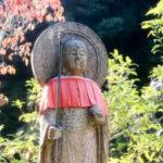 京都、鈴虫寺で説法を聞く